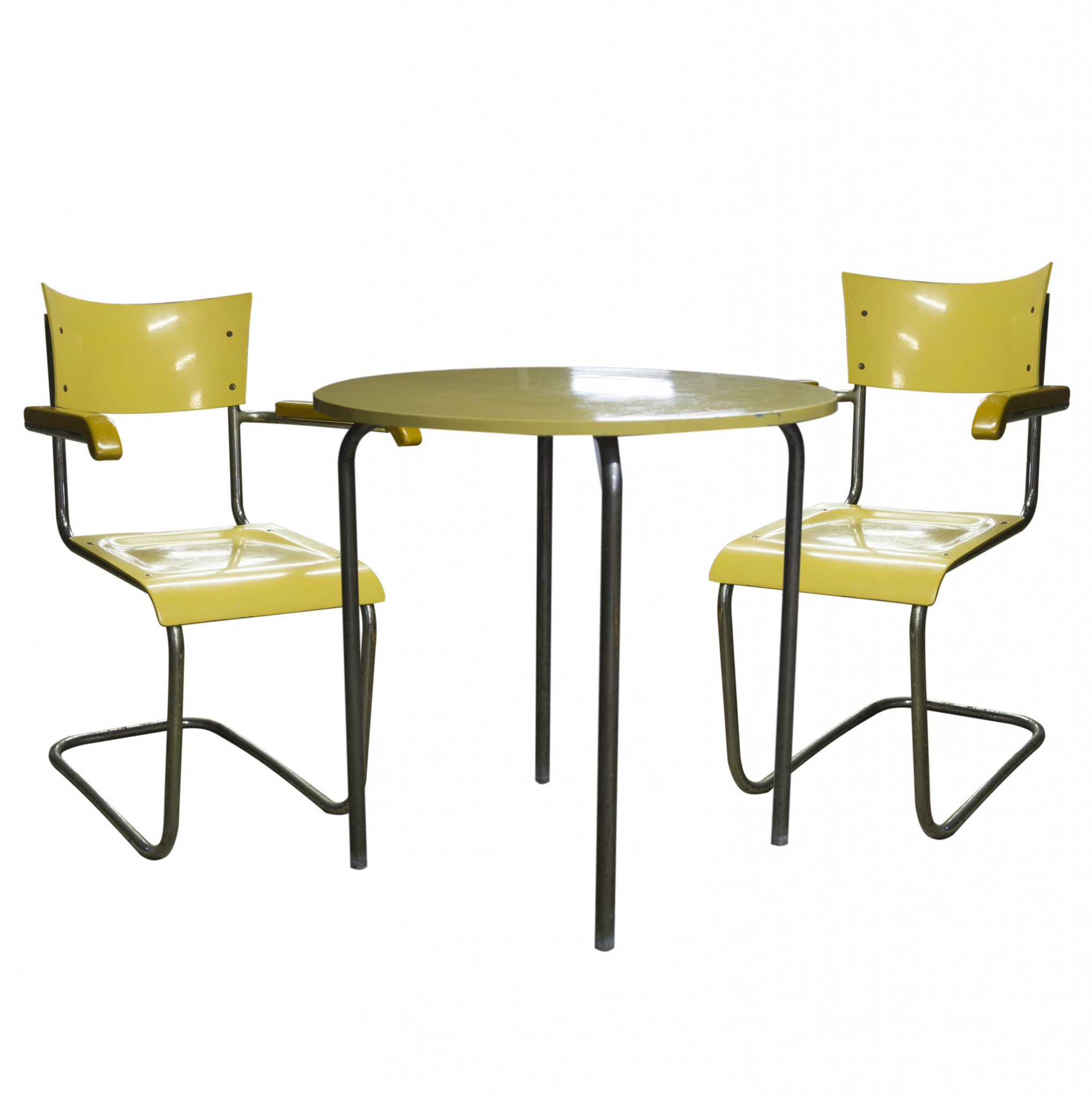 Chairs by Mart Stam B43F and table MR515 by Ludwig Mies Van