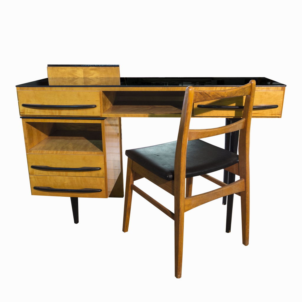 the writing desk Ikea has lots of designs to create your own customized writing desk find a range of innovative table top and table leg combinations at great prices.
